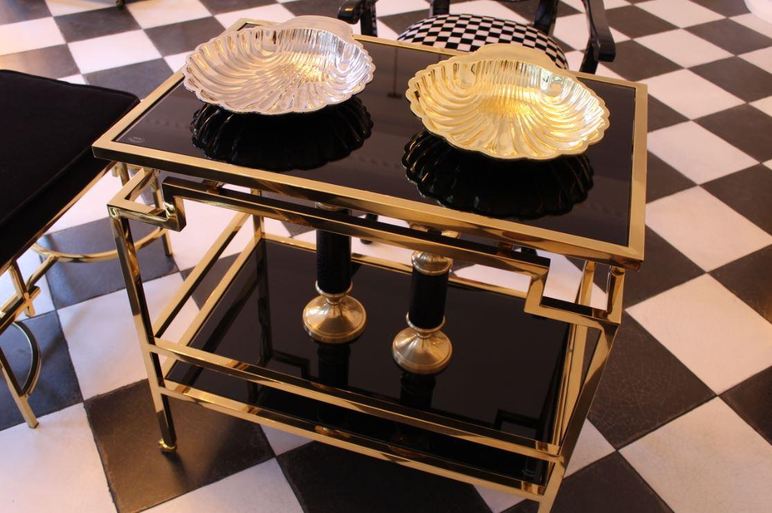 Luxus Wohnmöbel und Wohn Dekorationen in Gold