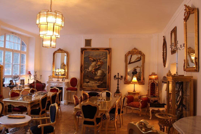 Casa Padrino Luxus Barock Möbel Showroom - Möbel Geschäft Möbelhaus Ausstellung