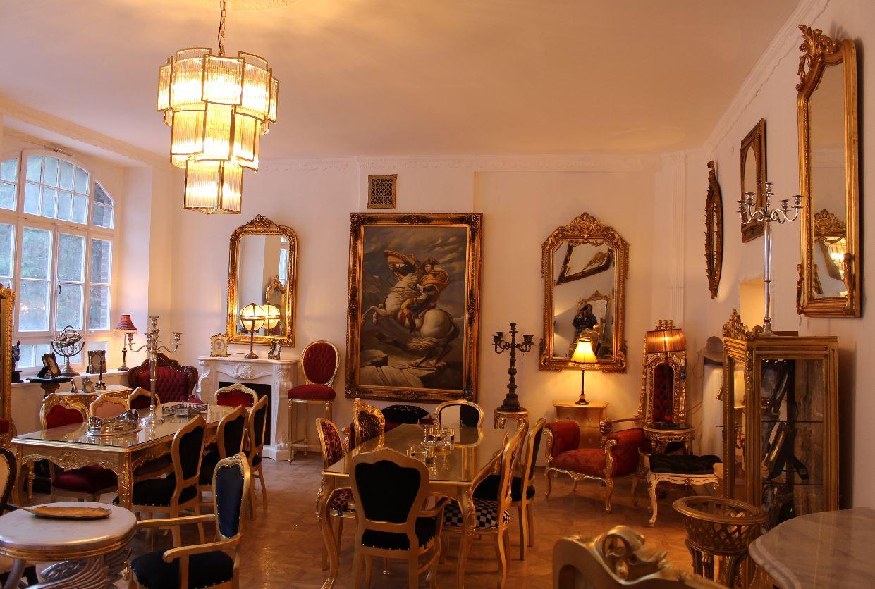 Luxus Barock Möbel Ausstellung in Essen Fischlaken in der Nähe von Essen Werden und dem Baldeneysee